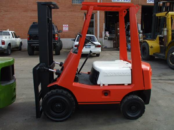 Toyota Forklift 3,000 lbs  Capacity - Used Forklifts Houston